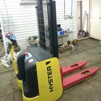 Штабелер самоходный HYSTER бу 1200 кг на 4,1 метра (лот 0418/16 ШЭ)
