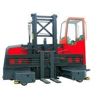 Ричтрак с боковой погрузкой с кабиной для оператора 1500 кг 3 м OL RXL15